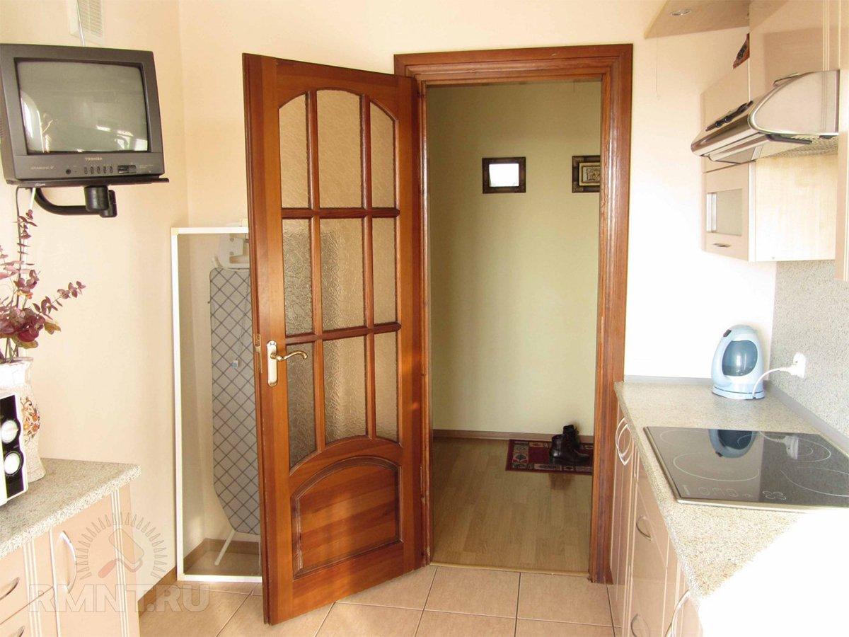 Дверь на кухню: за и против