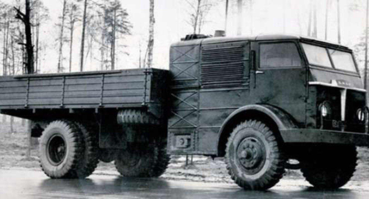 Экспериментальные паровые автомобили НАМИ-012 и НАМИ-018 Автомобили