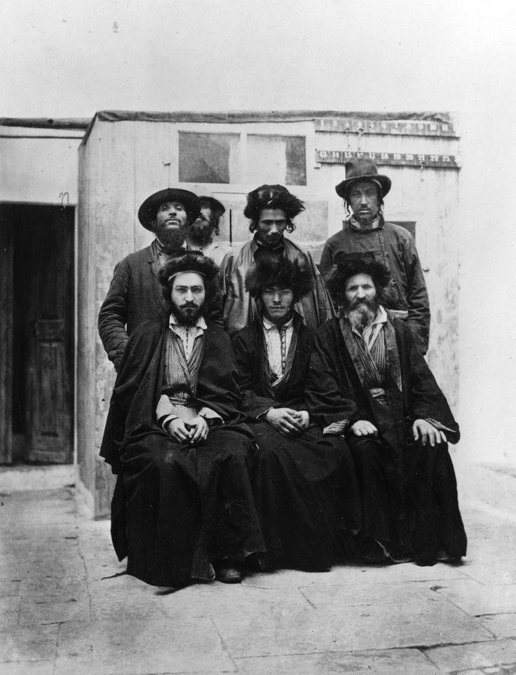 часто старинные фотографии евреев агрессивная порода
