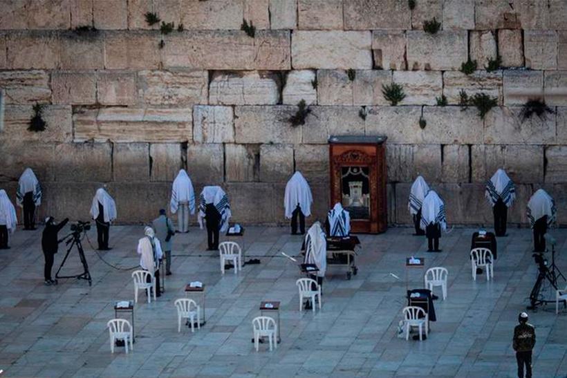 Как мир удаленно праздновал Пасху