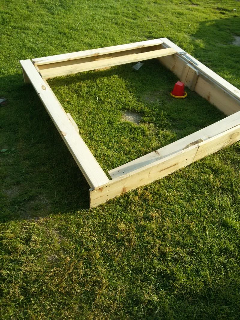 Как мы строили песочницу для сына и что в итоге получилось