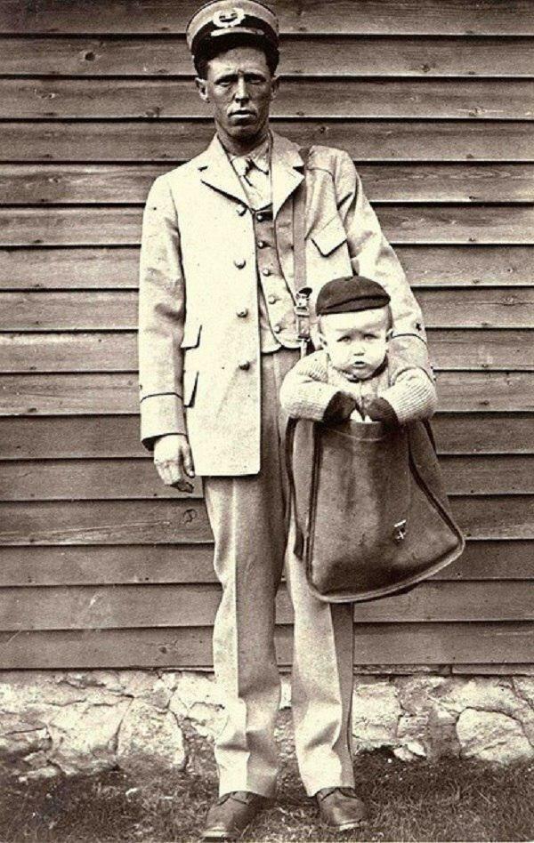 В Америке 1913 году появилась возможность отправлять посылки. Некоторым чудакам пришло в голову пересылать почтой своих детей. Разумеется, вскоре это запретили законом.. жизнь, прошлое, ситуация, факт