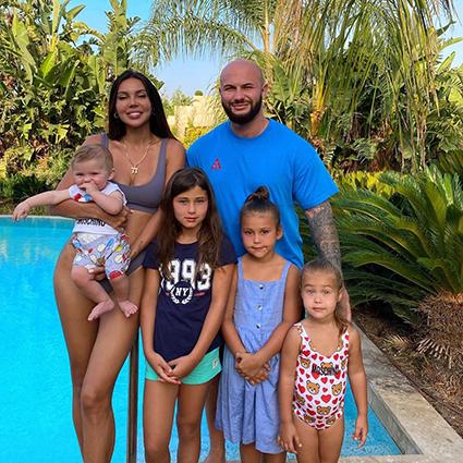 Оксана Самойлова и Джиган вместе с детьми и родственниками отдыхают в Турции Звездные пары