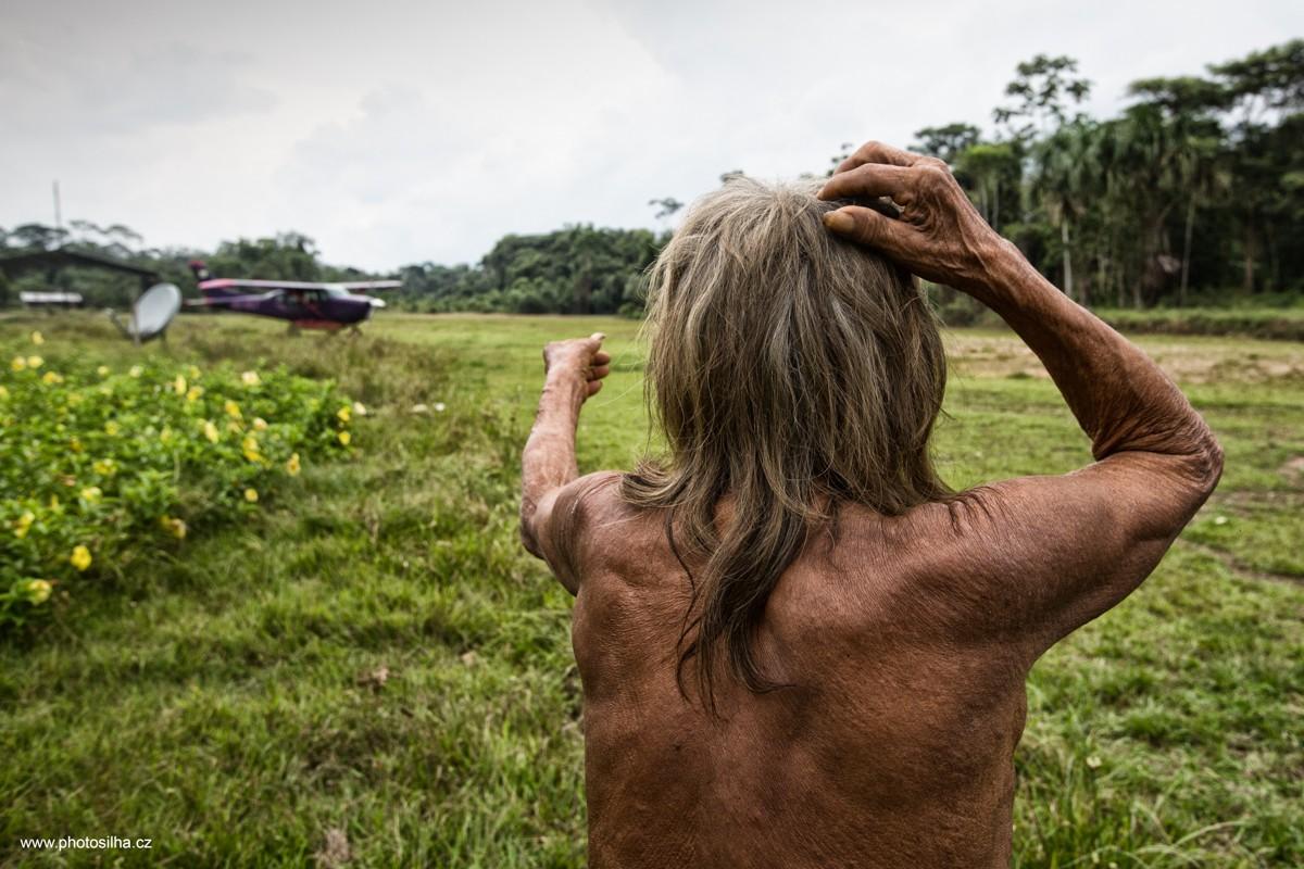 Редкие фотографии амазонского племени Хуаорани