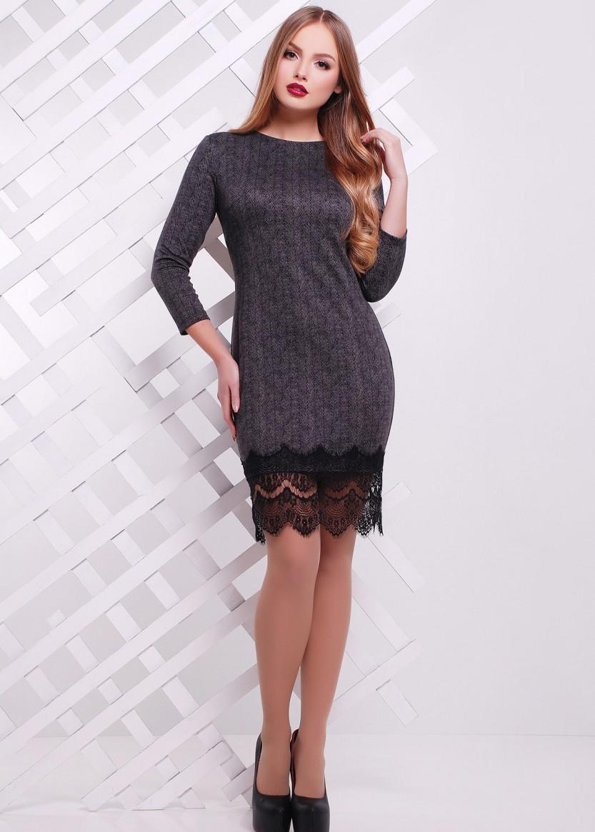 �гра на контрастах: теплое платье с легким кружевом.
