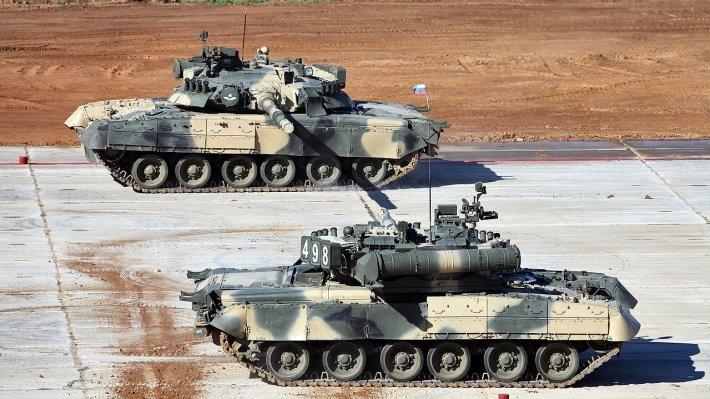 """""""Его не пробить обычным РПГ, как ваши """"Абрамсы"""": в России ответили журналисту из США, назвавшему Т-80 """"переоцененным"""" танком."""