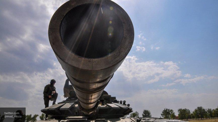 На военном параде в Лаосе показали принятую на вооружение российскую технику