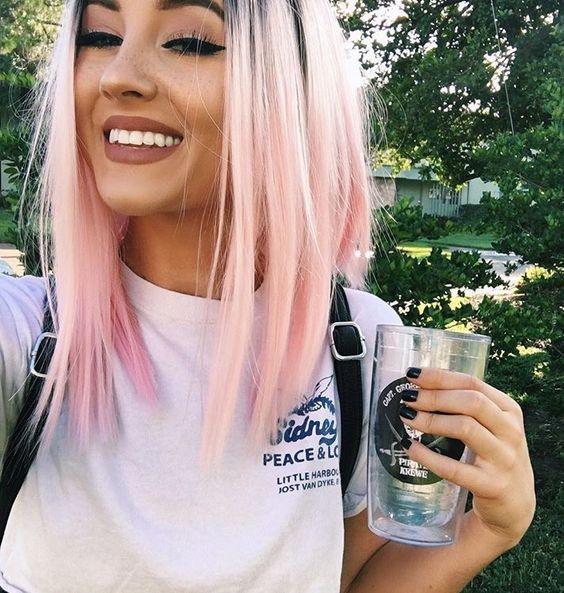 Розовое окрашивание волос