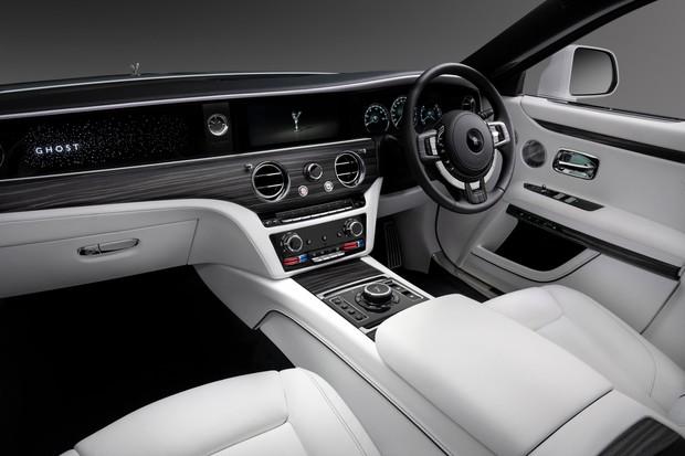 Rolls-Royce Ghost— лучшее в мире привидение с мотором. И полным приводом авто,автомобиль