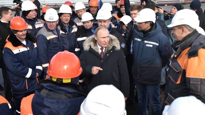 Лицо полуострова: визит Путина на строящийся Крымский мост говорит о приоритетах России.