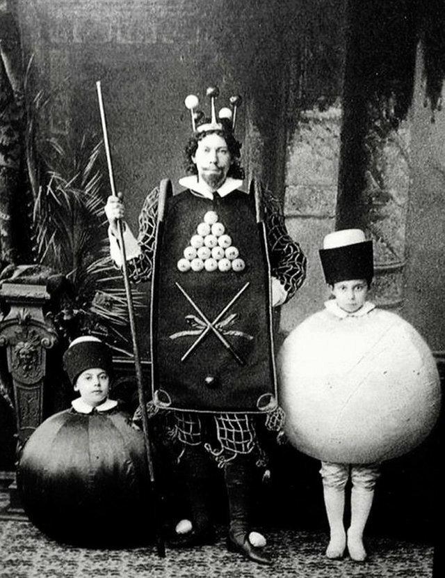 21. Маскарад в Российской Империи 1896 года, на который гости пришли в костюмах бильярдных шаров жизнь, исторические фото, история, прошлое, фото