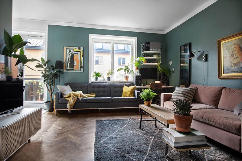 Небольшая шведская квартира с зеленой гостиной (39 кв. м)
