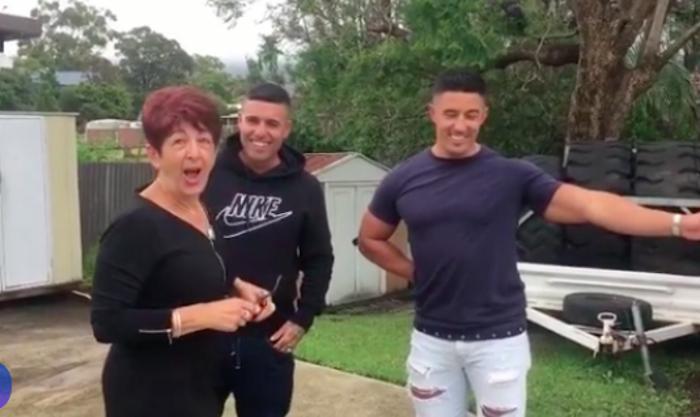 Мама случайно проговорилась сыновьям о своем самом большом желании. Спустя 10 лет они исполнили его