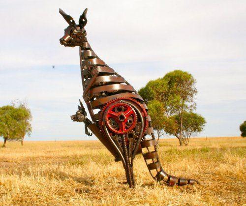 Металлические скульптуры животных