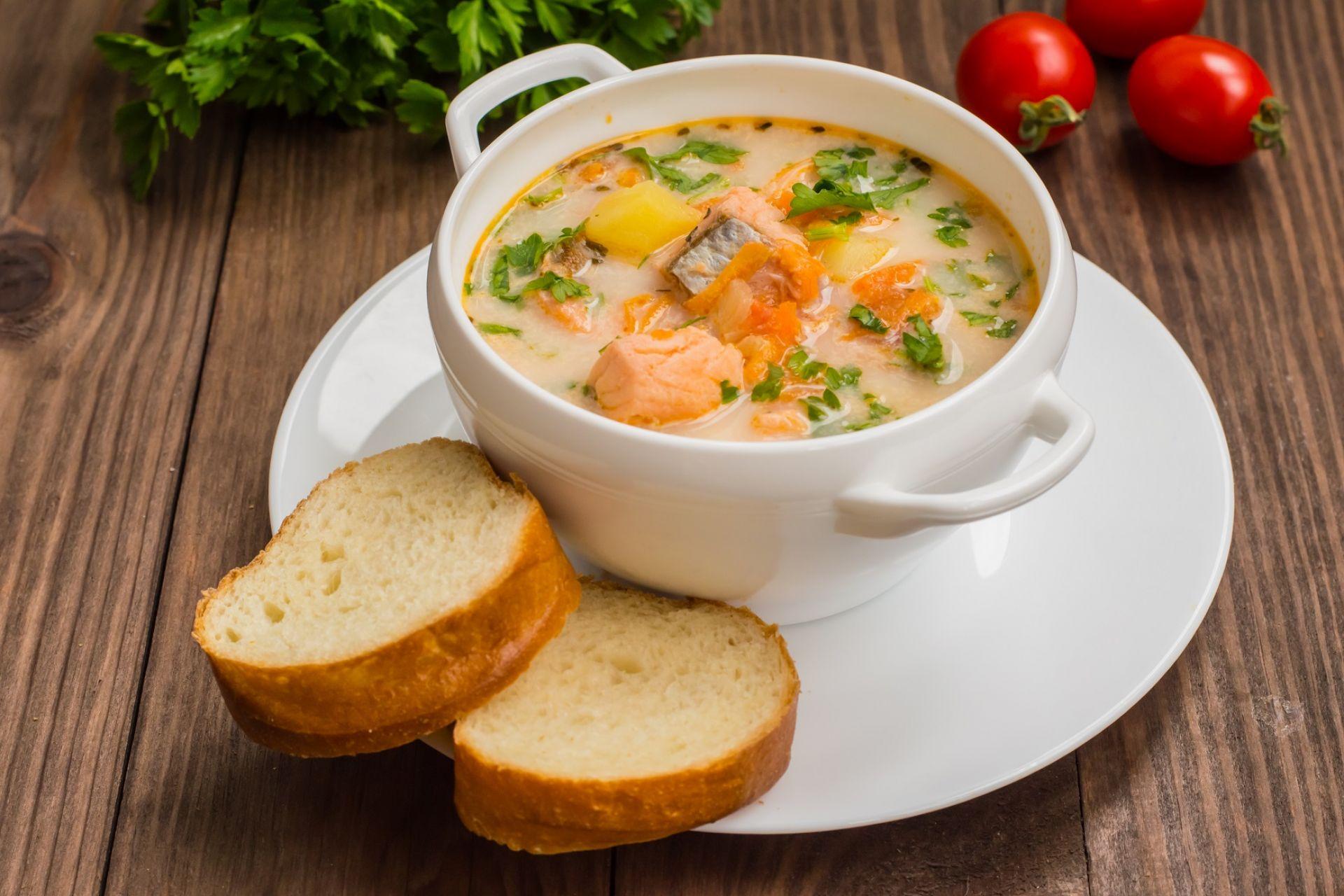 Необычайно вкусный сырный суп с лососем