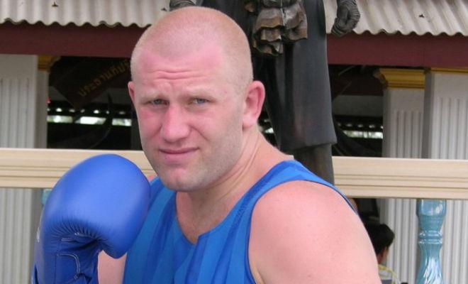 Русский десантник отправил тяжеловеса с ринга за 30 секунд