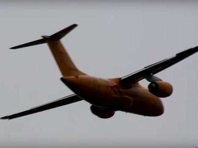 Родственники погибших в катастрофе Ан-148 собрались в аэропорту Орска