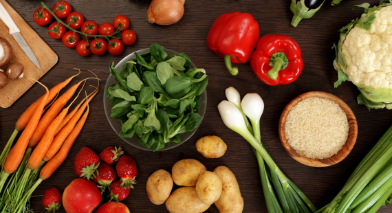 Сплошные листья салата. 7 популярных заблуждений о веганах