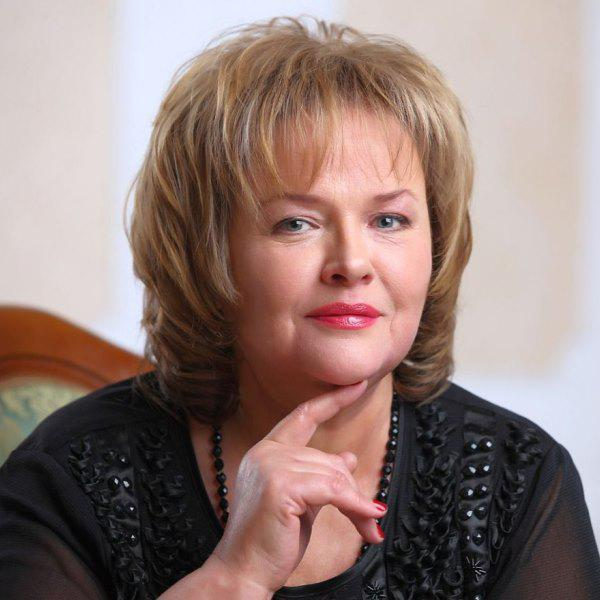 60 лет одной их красивейших актрис советского кино