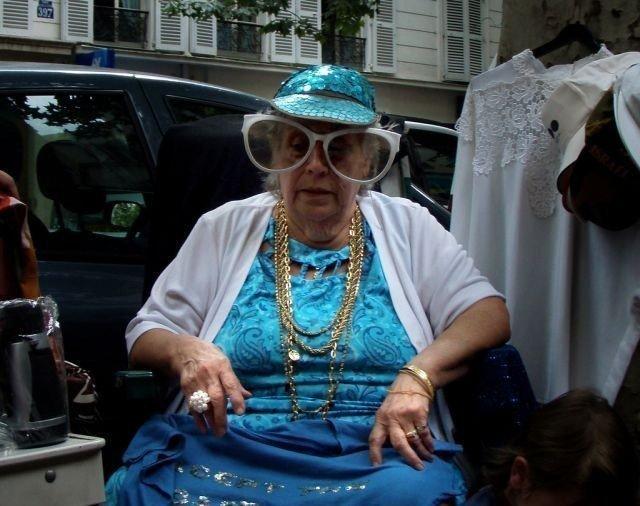 В Крыму две пенсионерки организовали бордель и заработали больше 91 млн рублей за три года бабки, бордель, крым, проститутки