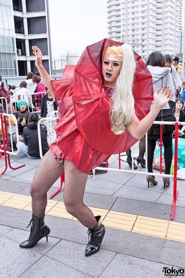 Мода, ты беспощадна! 16 фото ультра модных людей с улиц Токио интересное
