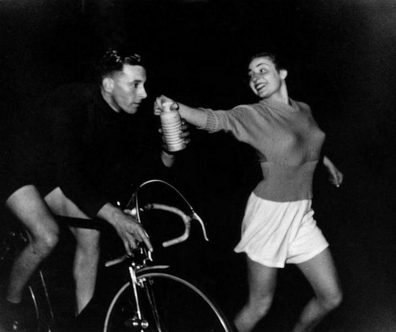 Глоток воды, 1949 год, Лондон, Великобритания история, картинки, фото