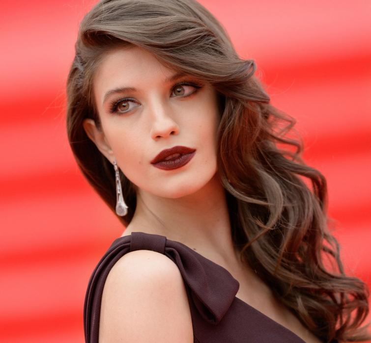 фото популярных российских актрис выкладываем только