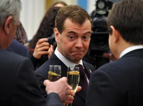 «Дима — хватит пить!» Зюгано…