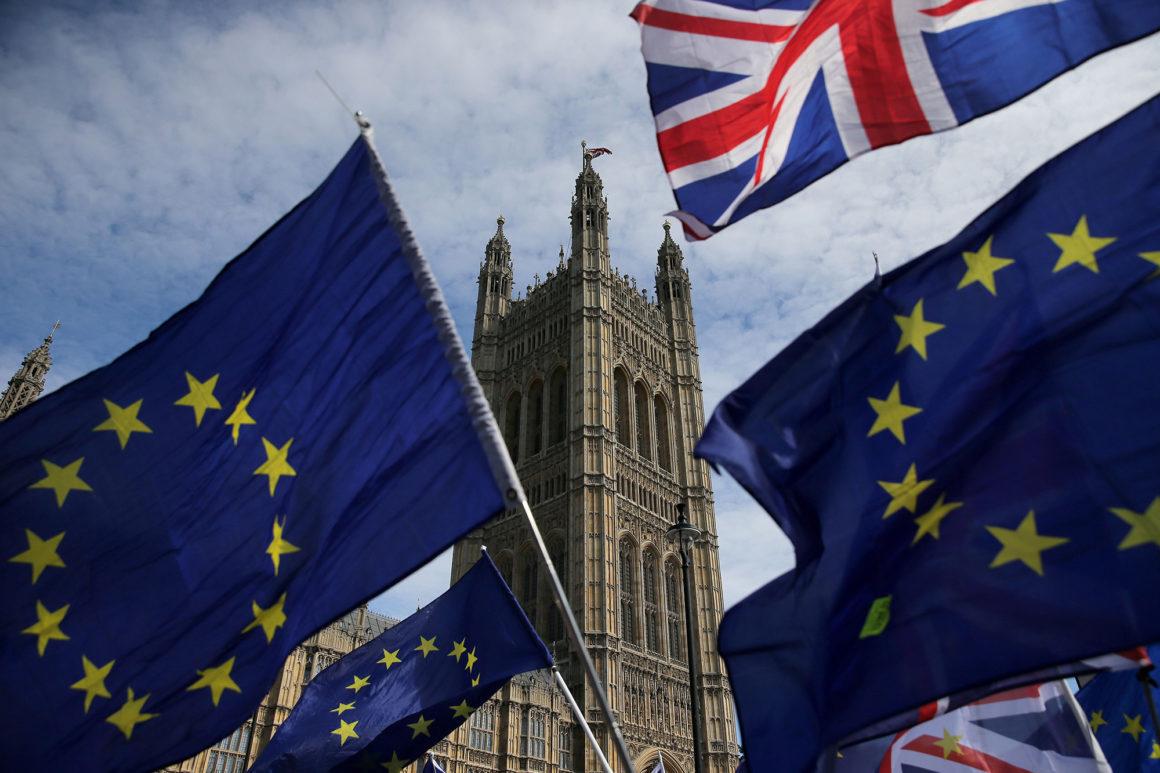 Судьба Терезы Мэй решается вместе с судьбой Британии: пойдет ли Лондон на условия ЕС?