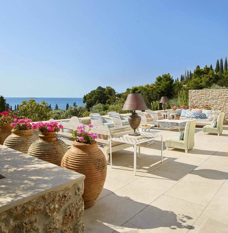 terrasse piscine villa de luxe rustique rйtro