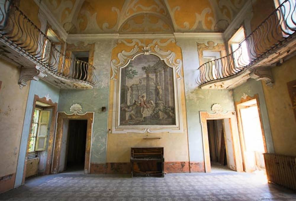 Красивая архитектура тюрем и психлечебниц мира