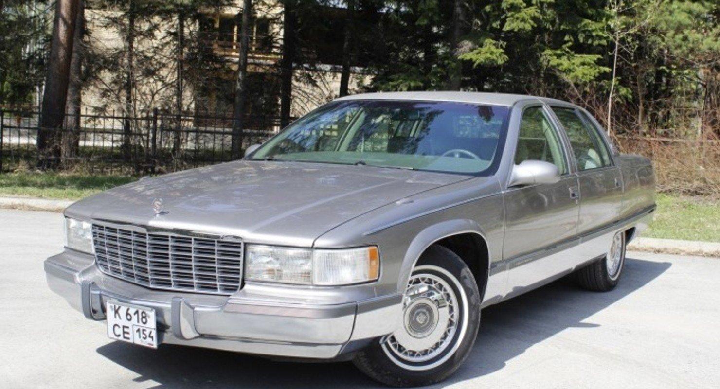 В Сети появились фото идеального Cadillac Fleetwood Brougham Автомобили