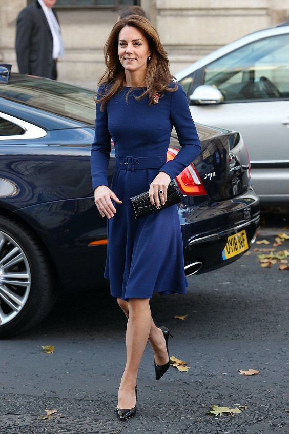 Как носить синий - самый модный цвет 2020 года фото №12