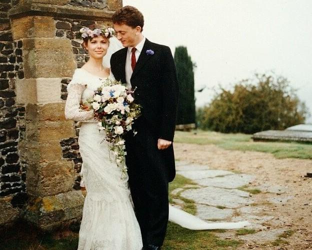 Слишком красива, чтобы быть верной: она бросила мужа, потому что выглядела намного лучше него! замужество, красота, ошибка