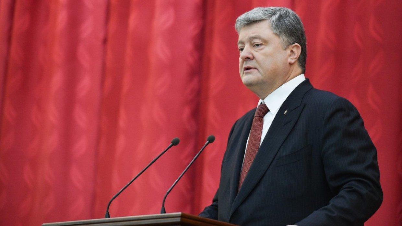 Порошенко уличили в воровстве у украинской армии