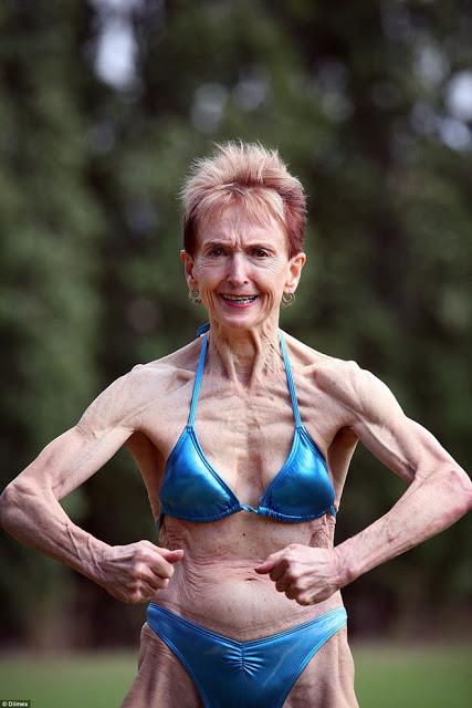 Стоп, старость! Ей 74, а ее парню 49 лет, и она гордится собой