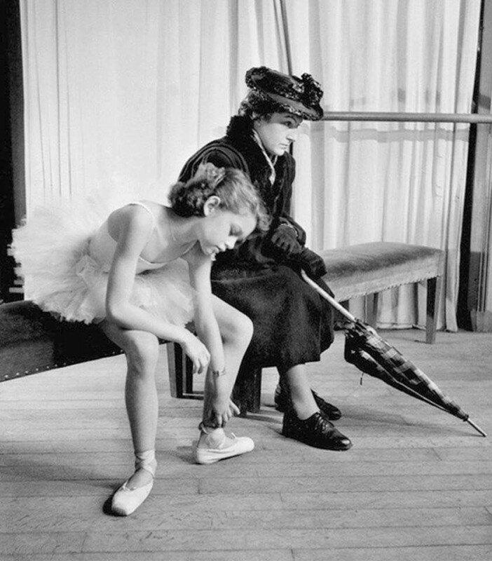12-летняя Брижит Бардо в балетном классе, 1946 г. история, ретро, фото