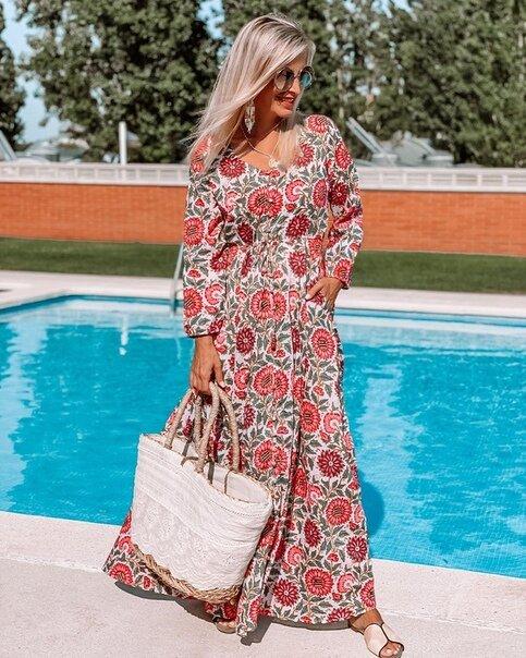 Элегантность с цветочным принтом: как быть стильной, надев платье в цветочек