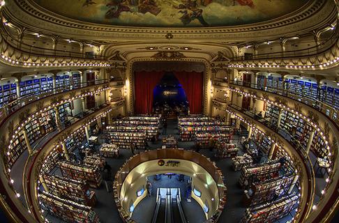 3e343ff7dad7 Самые необычные книжные магазины мира