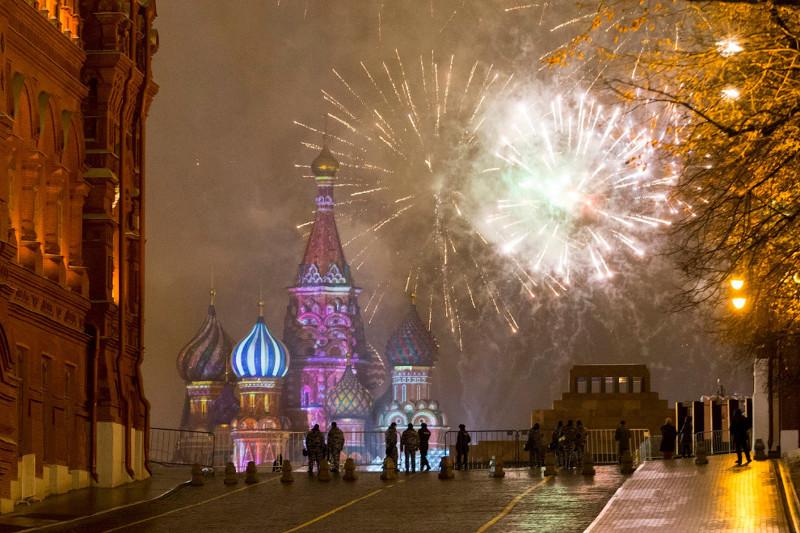 Встреча Нового года в Москве, 1 января 2017. новый год, праздник, салют, фейрверк