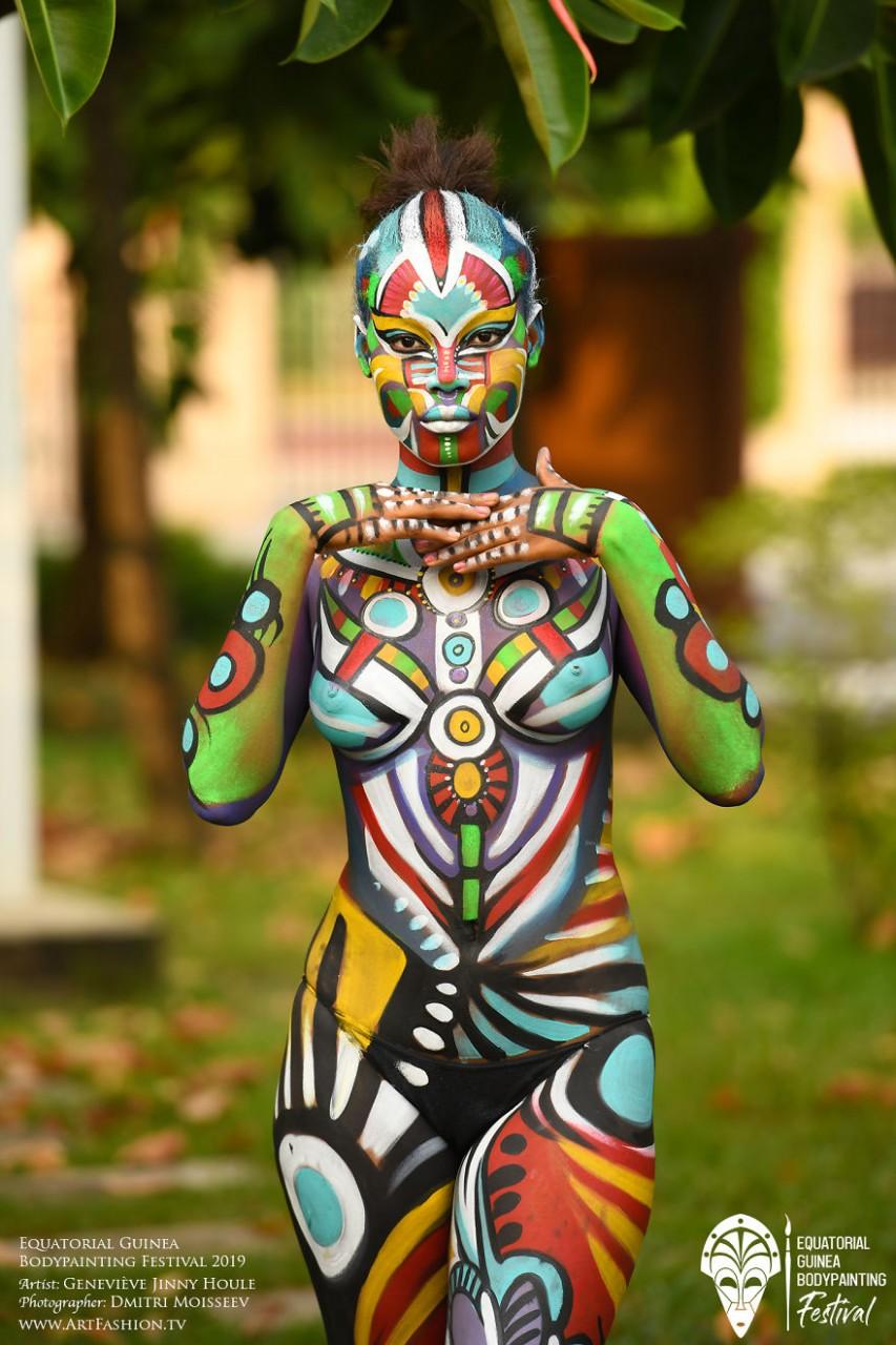 filipino-body-painting-nicole-cassany-xxx