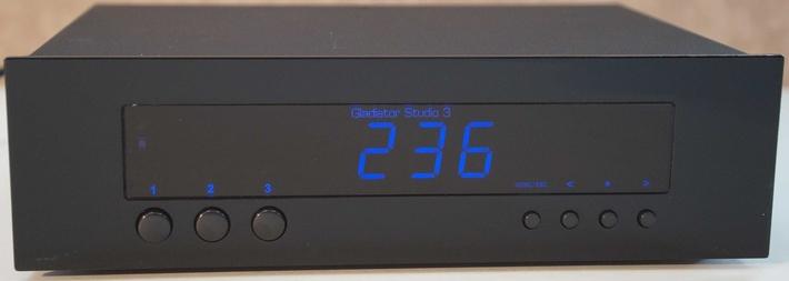 """Сетевой фильтр-дистрибьютор питания """"GLADIATOR Studio.3"""""""