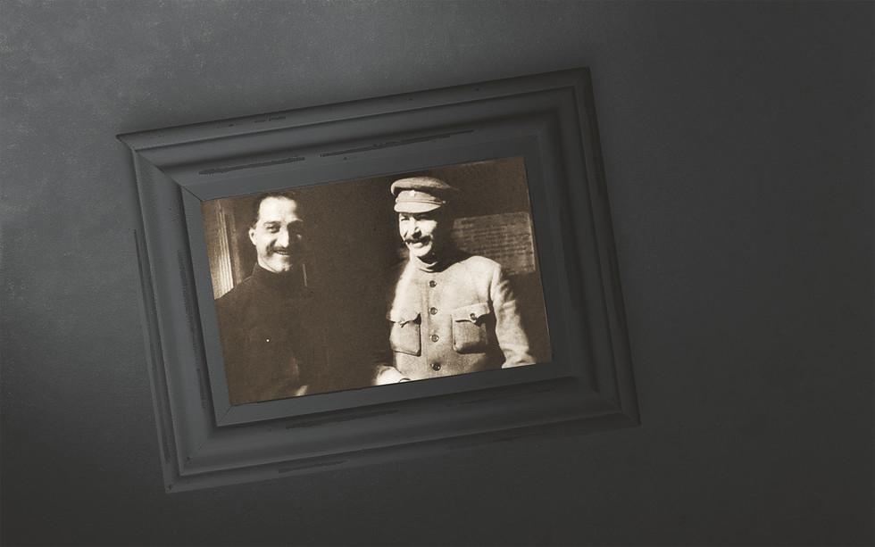 На фото: Генеральный секретарь ЦК РКП(б) Иосиф Сталин (справа) и 1-й секретарь Закавказского краевого комитета РКП(б) Серго Орджоникидзе на XII съезде РКП(б). 1923 год.Коллаж © L!FE Фото: © РИА Новости