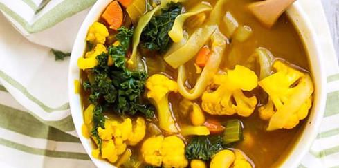 Как приготовить овощной суп с куркумой