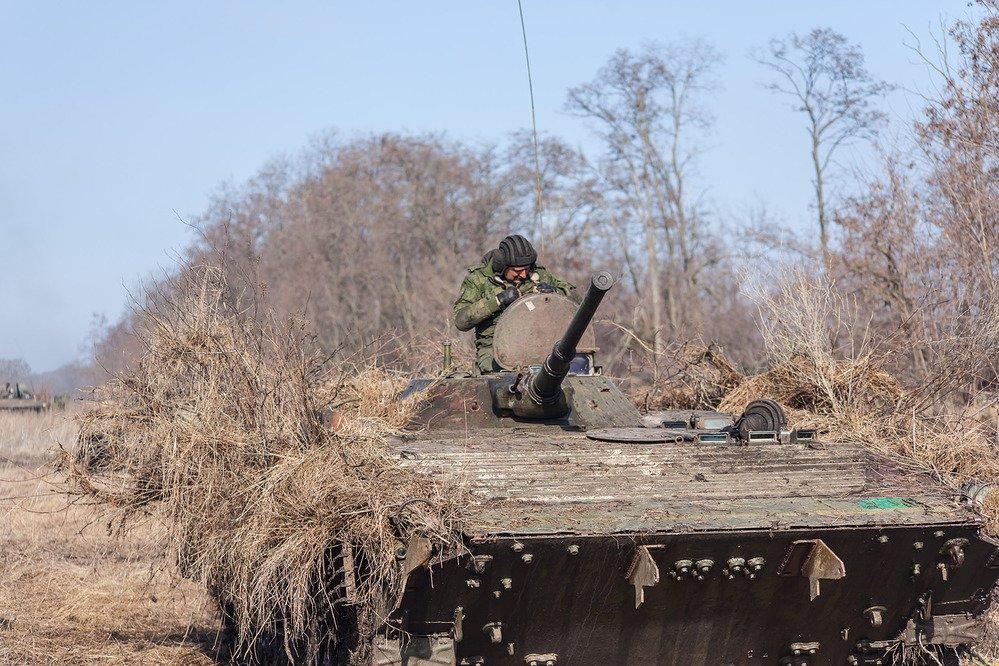 В Госдуме отреагировали на боевую готовность армии ДНР