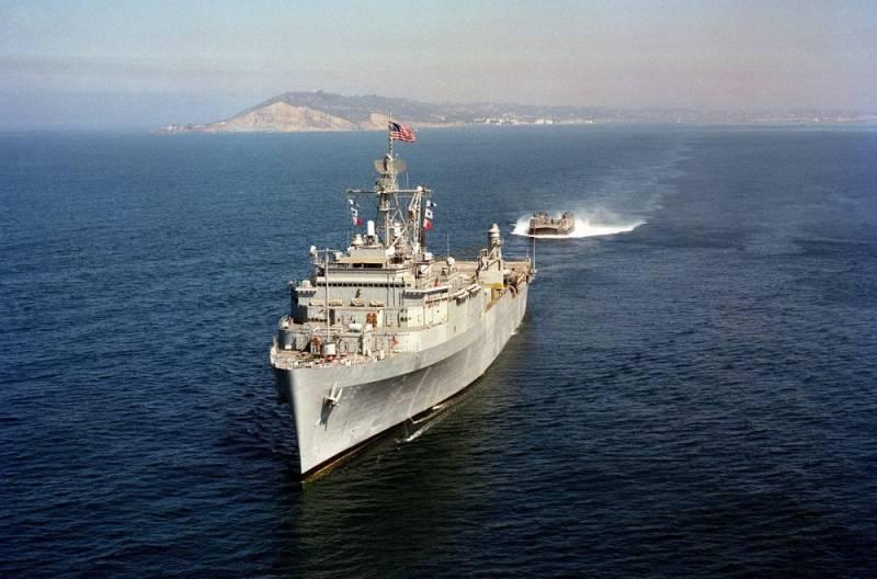 «Оспорить претензии Москвы»: в США назвали цель вторжения эсминца в воды России