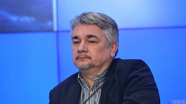 Даже если голосование состоится, украинцы президента выбирать не будут – Ищенко