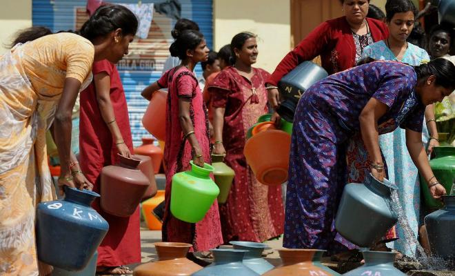 В индийском городе размером с Москву почти нет воды. Поэтому жители выкопали почти миллион колодцев Культура