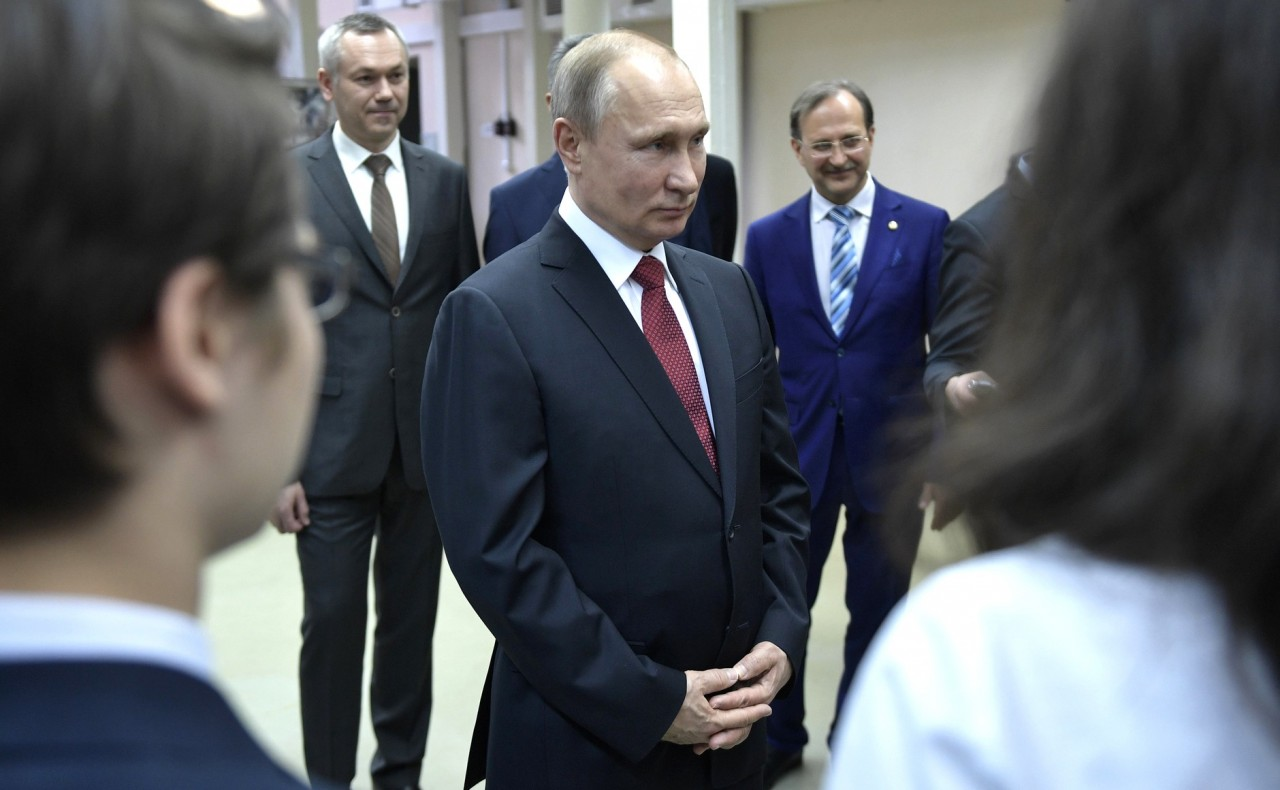 Почему я буду голосовать за Путина !