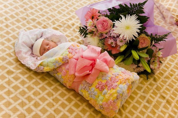 Подруга родила девочку. Счастливая такая! Лишь на третий день, она увидела мужа. То, что он ей сказал…